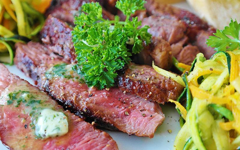 prato de carnes